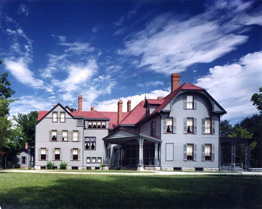 President Garfield's Residence · Mentor, Ohio · Light, consistent paint colors with blue sky & clouds